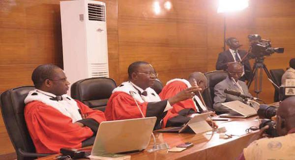 """Comportement à l'endroit de la Cour : le juge Gbertao Gustave Kam relève le """"mépris insultant"""" de Habré"""