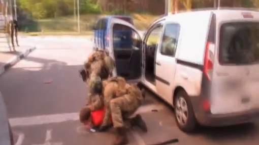 Terrorisme anti-musulmans : La vidéo de l'arrestation du Français qui voulait faire un carnage à l'Euro 2016