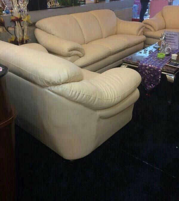 Particulier vend salon en cuir 6 places for Salon en cuir 7 places
