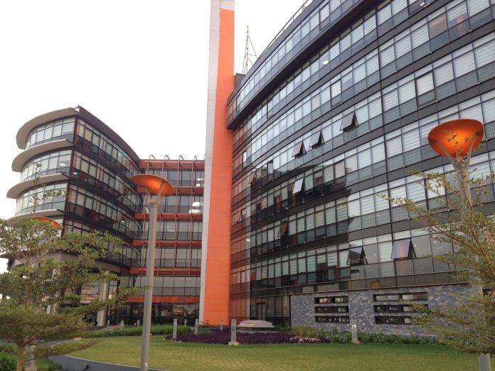 Télécommunications : Orange SA veut Tigo (Sénégal, Ghana et Tchad)
