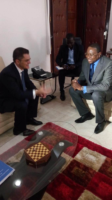 Secrétariat général de l'ONU : Le plus jeune candidat bat campagne à Dakar