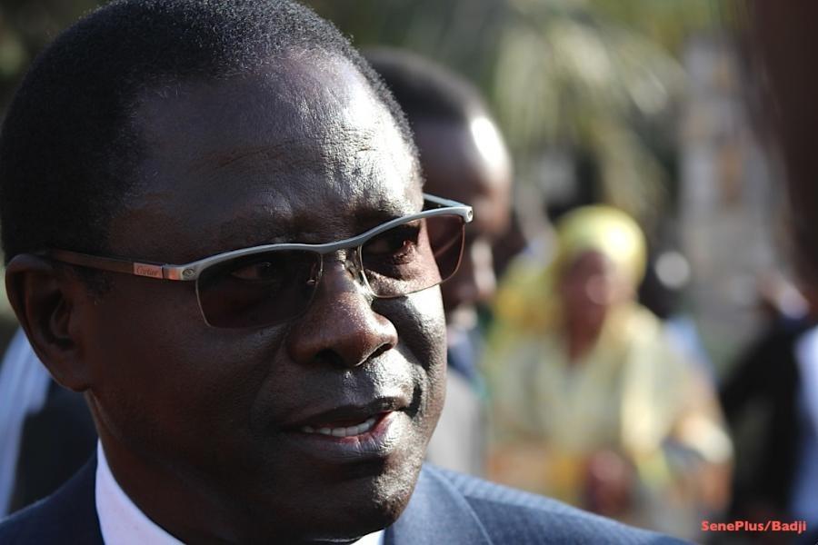 """""""Le gouvernement est allé trop loin contre les enseignants"""", selon Pape Diop"""