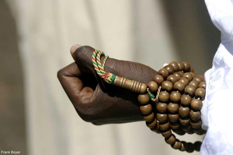 Forte présence du chapelet dans la société sénégalaise : Preuve d'une fervente foi ou de l'exhibitionnisme religieux ?