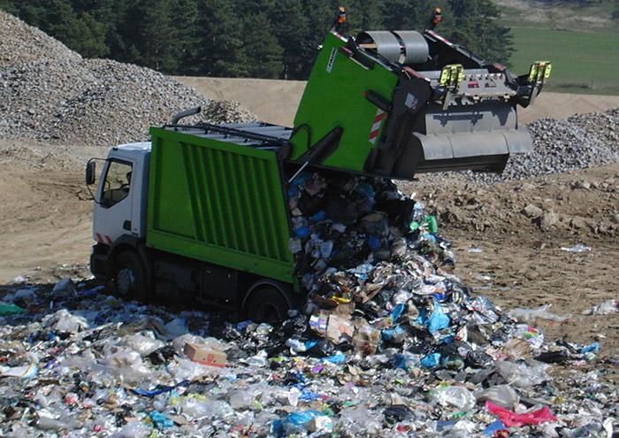 UCG: Près de 2000 tonnes de déchets collectées chaque jour à Dakar