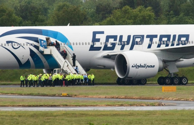 Crash d'EgyptAir : la seconde boîte noire repêchée