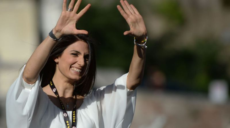 Italie : Virginia Raggi élue première femme maire de Rome