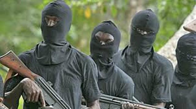 Banditisme : Une dizaine d'hommes lourdement armés font irruption à Linguère et causent d'énormes dégâts