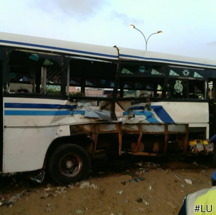 Collision entre un bus Tata et le Petit train bleu : 2 morts et plusieurs blessés