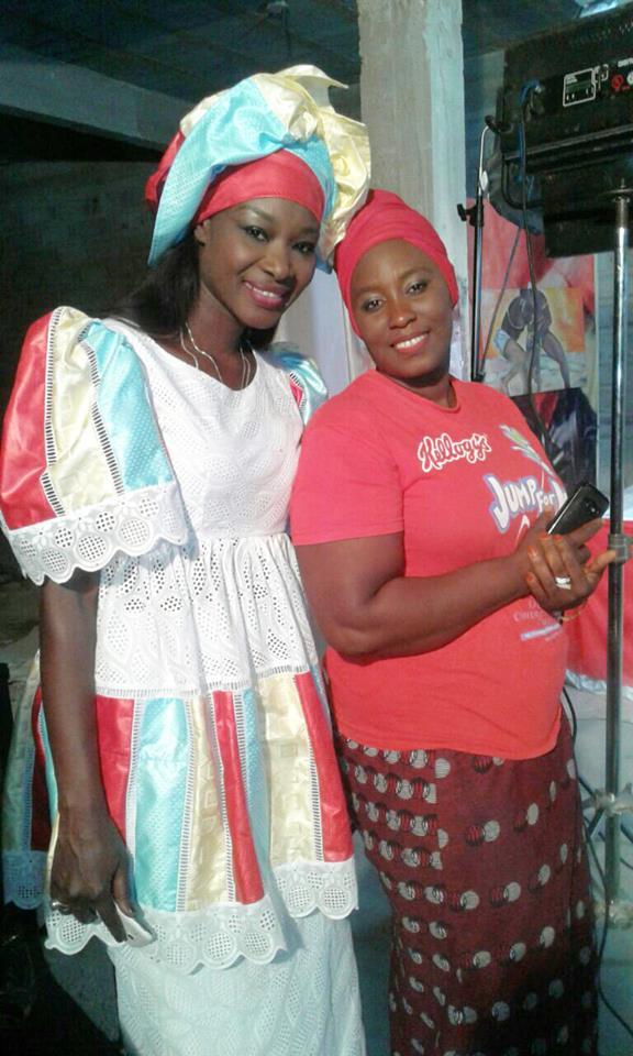 Fleur Mbaye et Guigui, complices et décontractées
