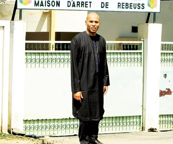 Aminata Touré dans Le Monde sur l'affaire Karim Wade : « Saluons l'audace du chemin parcouru contre la corruption ! »
