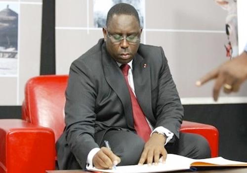 Manœuvres politiques au sommet: Macky reçoit Khafor Touré et Ablaye Sow