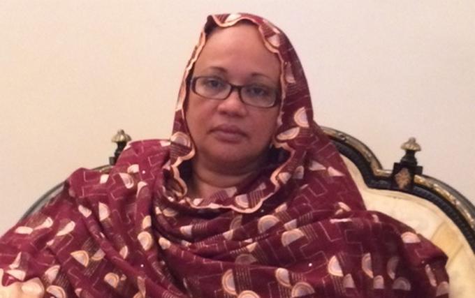 Accusé de devoir des arriérés de loyer, le beau fils de Moustapha Niasse annonce une plainte contre l'épouse de Habré