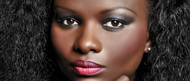 fatou sarr lafricaine cratrice de la marque true colors - True Colors Maquillage