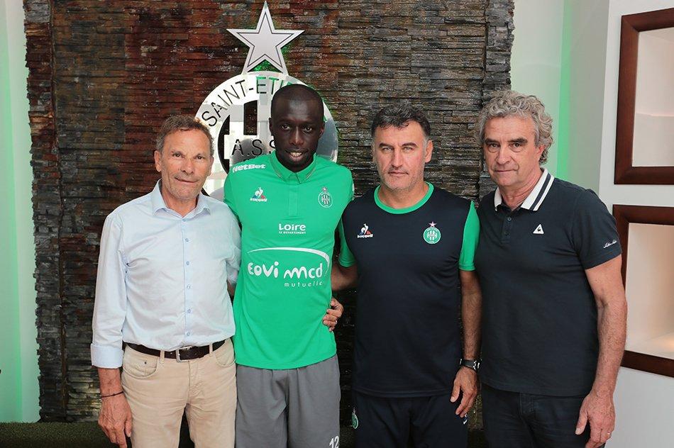 Cheikh Mbengue signe à l'As Saint-Etienne