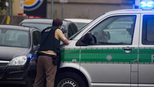 Fusillade dans un centre commercial à Munich : Le tireur de 18 ans s'est suicidé