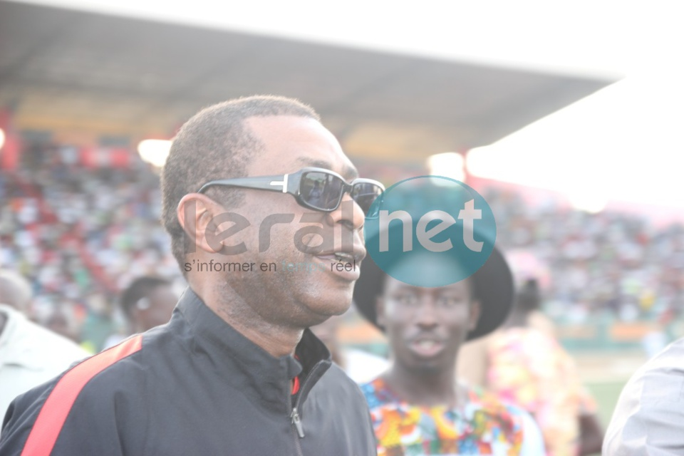 21 Photos-Les coulisses du match de gala rappeurs vs mbalakhmen