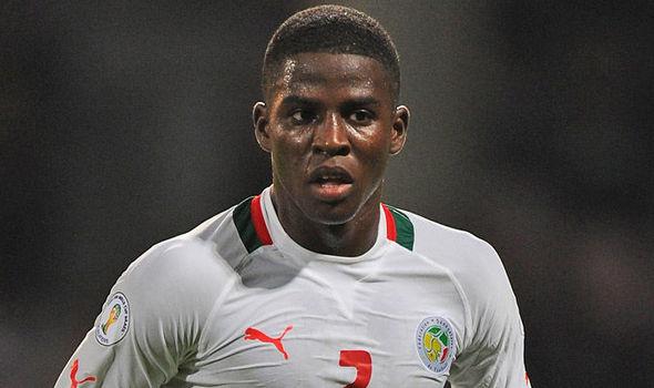 Papy Djilobodji signe à Sunderland
