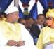 Adama Barrow et sa femme se font les yeux doux, just tenderness
