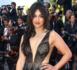 Cannes 2017 : Camélia Jordana ultra décolletée, plus sexy que jamais