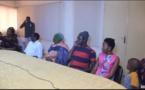Vidéos-Incident du poste électrique de Thiès: La Sénélec distribue des enveloppes aux victimes