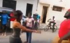 VIDEO: Tonton Libasse démoli par une fille, regardez le combat du siecle