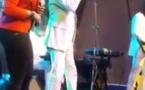 Vidéo: Youssou Ndour et Abiba chantent '' Seven second''