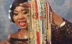 Vidéo: Une Gambienne se confie: Comment savoir que votre homme vous trompe à partir de son Awra