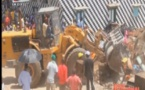 Vidéo : Guet Ndar Les conducteurs des Caterpillar refusent de démolir les mosquées …!