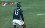 Vidéo: Kamara twerk après son but et récolte un carton jaune...Regardez