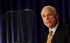 Crise financière : McCain suspend sa campagne
