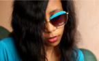"""Vidéo : Viviane nous explique enfin les soubassements du titre  """"No Stress"""", version Makhfouss. A mourir de rire!!!"""