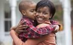 J'aime mon fils, mais, j'ai peur qu'il ne découvre que je ne suis pas sa mère génétique