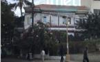 Carte postale: Place Jean-Louis Turbé, une place oubliée au 63 boulevard Djily Mbaye