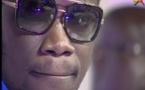 VIDÉO: Quand Boy Niang refuse de retirer ses lunettes à la demande de Bécaye !
