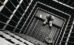 Les 4 gardiens indélicats condamnés à 2 ans ferme
