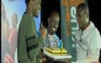 Vidéo- Dj Boub's offre un gâteau d'anniversaire à Waly Seck sur la Tfm