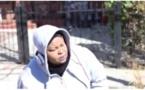 Mère Dial dans un taxi aux Etats Unis, à mourir de rire