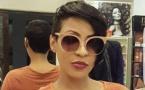 """Photos : Viviane adopte un look plus """"masculin"""" avec des lunettes XXL"""