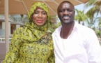 (02 Photos) Akon en toute complicité avec la directrice Ngoné Ndour