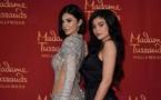 Kylie Jenner présente sa poupée de cire