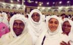(02) Photos : La Première Dame, Marème Faye Sall, en mode Umrah