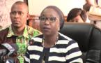 Viviane Bampassy fait un cours magistral à Mariama Sarr sur le ministère de la Fonction publique, de la Rationalisation des effectifs et du Renouveau du service public