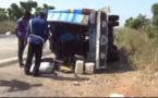 Vidéo Grave accident à Thiès : Un Ndiaga Ndiaye se renverse et fait beaucoup de blessés. Âmes sensibles, s'abstenir