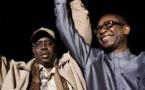 """Audio – Mondial 2018: Macky Sall demande à Youssou Ndour de préparer une chanson pour les """"Lions""""...Ecoutez en direct sur Rfi !!"""