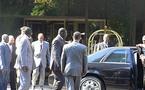 Dernière minute : Crevaison d'une roue de la voiture du Président Wade à l'entrée de Rufisque