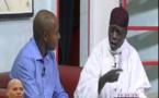 Vidéo: Abdoulaye WADE et Karim créent une nouvelle chanson pour Macky Sall (kouthia show) à mourir de rire