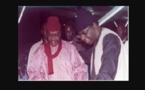 Serigne Pape Malick Sy  et Serigne Moustapha Sy lors de leur sortie de prison en 1994, regardez