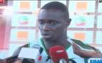 """Entraïnement des """"Lions du basket"""", préparatif pour le Tournoi du 23 février à Maputo, comptant pour les phases éliminatoire de la Coupe du monde."""