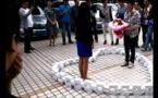 Chine: Il fait sa demande en mariage avec 99 iPhone 6, mais elle refuse
