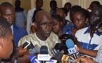 « Mane Seydou Guèye leral layy sétané Coupe du monde ndah dafay guena léér », (Porte-parole du gouvernement)